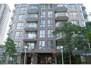 "Photo 1: 603 828 AGNES Street in New Westminster: Downtown NW Condo for sale in ""WESTMINSTER TOWERS"" : MLS®# V930674"