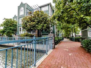 """Photo 28: 109 1189 WESTWOOD Street in Coquitlam: North Coquitlam Condo for sale in """"LAKESIDE TERRACE"""" : MLS®# R2483775"""