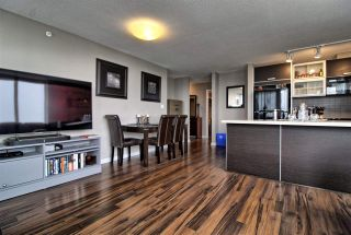 """Photo 2: 1407 13688 100 Avenue in Surrey: Whalley Condo for sale in """"Park Place One"""" (North Surrey)  : MLS®# R2499938"""