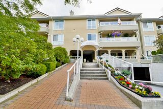 Photo 1: 316 15875 MARINE DRIVE: White Rock Condo for sale (South Surrey White Rock)  : MLS®# R2080349