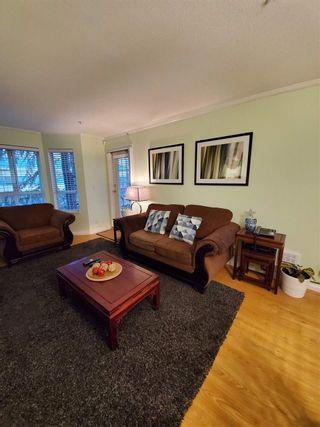 """Photo 3: 220 15268 105 Avenue in Surrey: Guildford Condo for sale in """"Georgian Gardens"""" (North Surrey)  : MLS®# R2514267"""