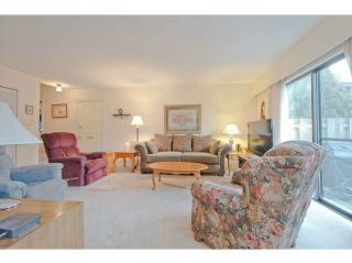 """Photo 1: 1218 PREMIER Street in North Vancouver: Lynnmour Townhouse for sale in """"LYNNMOUR VILLAGE"""" : MLS®# V1044116"""