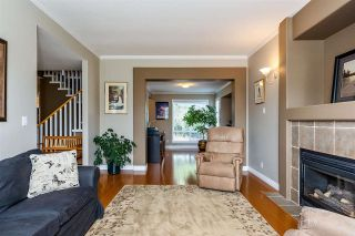 """Photo 3: 6863 183 Street in Surrey: Cloverdale BC House for sale in """"Cloverwoods"""" (Cloverdale)  : MLS®# R2394519"""