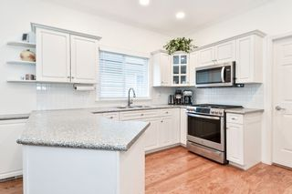 """Photo 8: 7 1881 144 Street in Surrey: Sunnyside Park Surrey Townhouse for sale in """"BRAMBLEY HEDGE"""" (South Surrey White Rock)  : MLS®# R2564966"""