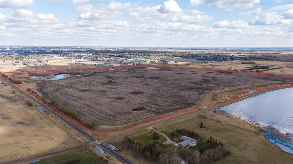 Main Photo: ON 48 Avenue: Camrose Commercial Land for sale : MLS®# A1104739