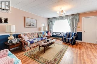 Photo 4: 215 Conception Bay Highway in Conception Bay South: House for sale : MLS®# 1233916