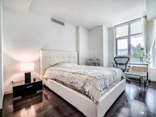 "Photo 17: 305 6093 IONA Drive in Vancouver: University VW Condo for sale in ""Coast"" (Vancouver West)  : MLS®# R2489520"