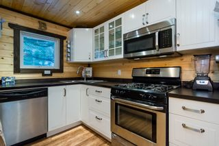 Photo 11: 4077 LAKEMOUNT Road in Abbotsford: Sumas Mountain House for sale : MLS®# R2229779