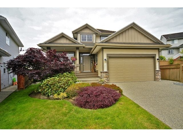 Main Photo: 6484 CLAYTONWOOD Gate in Surrey: Cloverdale BC House for sale (Cloverdale)  : MLS®# F1214656