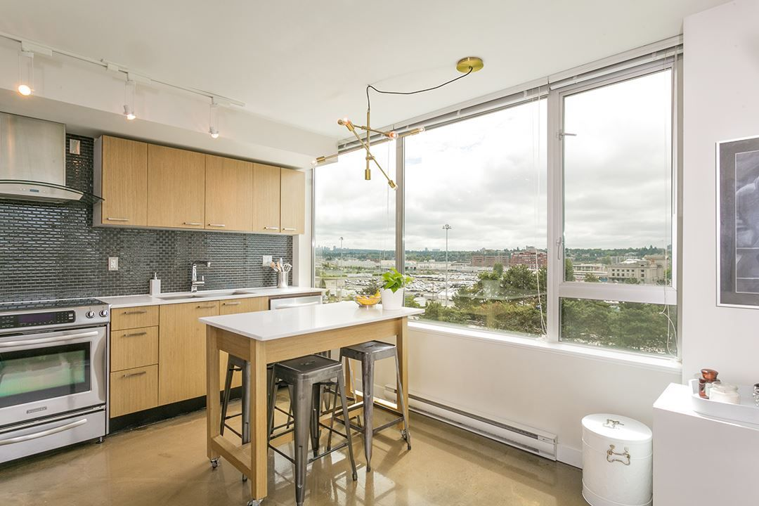 """Photo 8: Photos: 702 221 UNION Street in Vancouver: Strathcona Condo for sale in """"V6A"""" (Vancouver East)  : MLS®# R2372074"""