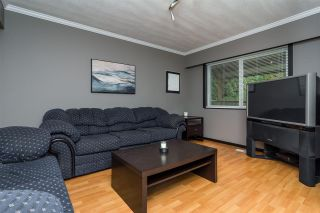 Photo 4: 14525 86A Avenue in Surrey: Bear Creek Green Timbers House for sale : MLS®# R2220440