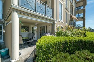 """Photo 22: 102 2 RENAISSANCE Square in New Westminster: Quay Condo for sale in """"The Lido"""" : MLS®# R2467538"""