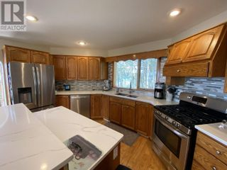 Photo 12: 6158 LAKESHORE DRIVE in Horse Lake: House for sale : MLS®# R2608482