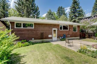 Photo 2: 3447 LANE CR SW in Calgary: Lakeview House for sale ()  : MLS®# C4270938