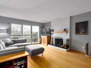 Photo 2: 4285 ST. GEORGE STREET in Vancouver: Fraser VE House for sale (Vancouver East)  : MLS®# R2433142