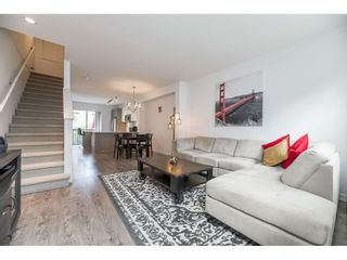 """Photo 4: 33 6450 187 Street in Surrey: Cloverdale BC Townhouse for sale in """"Hillcrest"""" (Cloverdale)  : MLS®# R2593415"""