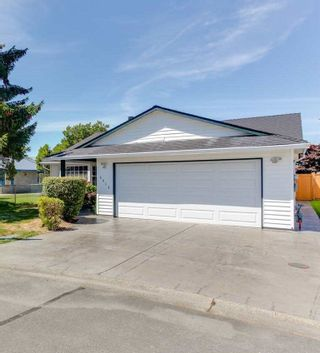 Photo 2: 5915 49 AVENUE in Delta: Hawthorne House for sale (Ladner)  : MLS®# R2236761
