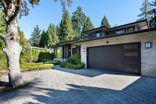 Photo 3: 3850 HILLCREST Avenue in North Vancouver: Edgemont House for sale : MLS®# R2621492