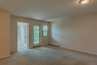 Photo 4: 212 290 Island Hwy in View Royal: VR View Royal Condo for sale : MLS®# 841841