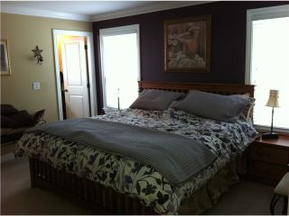 """Photo 7: 11337 236A Street in Maple Ridge: Cottonwood MR House for sale in """"HIGHAND MEADOWS"""" : MLS®# V935901"""