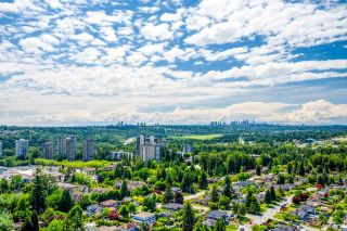 """Photo 21: 2302 652 WHITING Way in Coquitlam: Coquitlam West Condo for sale in """"Marquee"""" : MLS®# R2591895"""