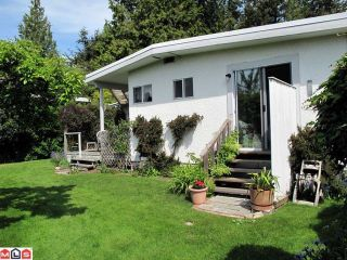 Photo 9: 13902 N BLUFF Road: White Rock House for sale (South Surrey White Rock)  : MLS®# F1014217