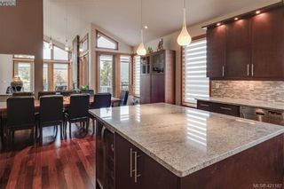 Photo 14: 6898 Mckenna Crt in BRENTWOOD BAY: CS Brentwood Bay House for sale (Central Saanich)  : MLS®# 833582