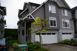 Photo 2: 26 8881 WALTERS Street in Chilliwack: Chilliwack E Young-Yale Townhouse for sale : MLS®# R2370965