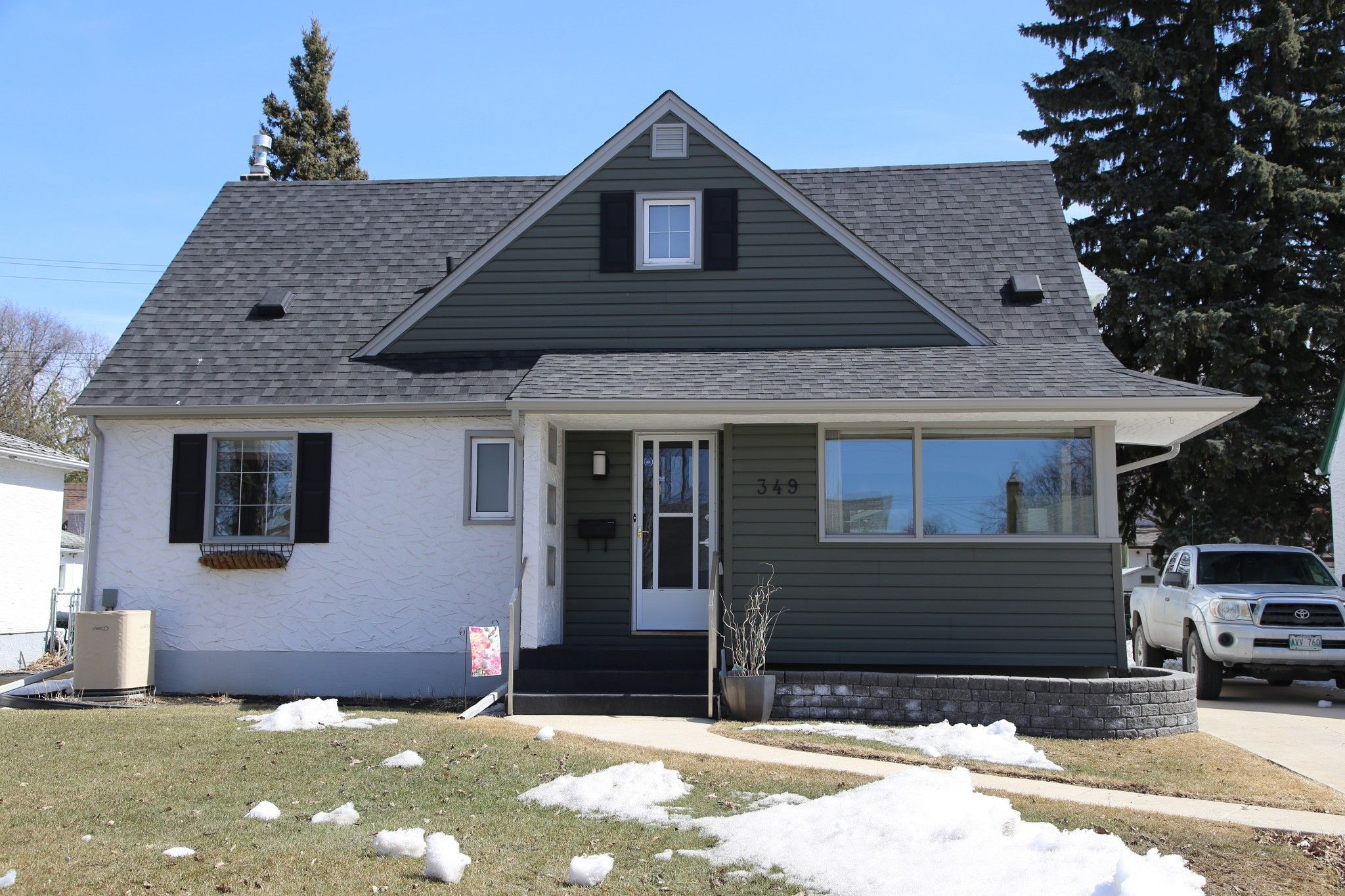 Photo 35: Photos: 349 Guildford Street in Winnipeg: St James Single Family Detached for sale (5E)  : MLS®# 1807654