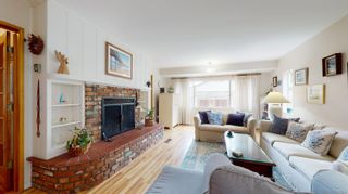 Photo 8: POINT LOMA House for sale : 4 bedrooms : 3284 Talbot St in San Diego