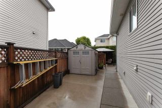 Photo 20: 16654 64 Avenue in Surrey: Cloverdale BC House for sale (Cloverdale)  : MLS®# R2305769