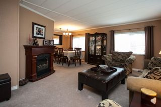 """Photo 4: 138 1840 160 Street in Surrey: King George Corridor Manufactured Home for sale in """"BREAKAWAY BAYS"""" (South Surrey White Rock)  : MLS®# R2010007"""