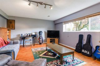 Photo 4: 1665 SMITH Avenue in Coquitlam: Central Coquitlam House for sale : MLS®# R2578794