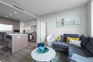 """Photo 8: 2305 680 SEYLYNN Crescent in North Vancouver: Lynnmour Condo for sale in """"Compass"""" : MLS®# R2409180"""