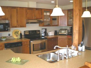Photo 6: #308  1695 Comox Ave., in Comox: Condo for sale (FVREB Out of Town)  : MLS®# 284902