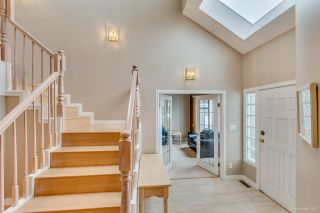 Photo 3: 702 ALTA LAKE PLACE in Coquitlam: Coquitlam East House for sale : MLS®# R2131200