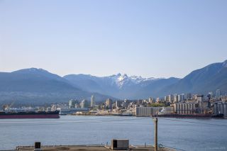 Photo 2: 2341 WALL Street in Vancouver: Hastings House for sale (Vancouver East)  : MLS®# R2262630