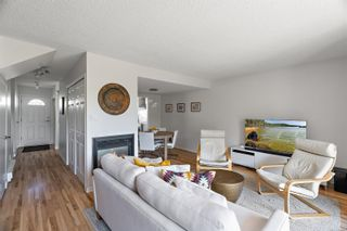 Photo 6: 3 331 Robert St in : VW Victoria West Row/Townhouse for sale (Victoria West)  : MLS®# 883097