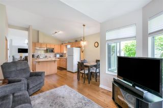 """Photo 18: 109 19649 53 Avenue in Langley: Langley City Townhouse for sale in """"Huntsfield Green"""" : MLS®# R2591188"""