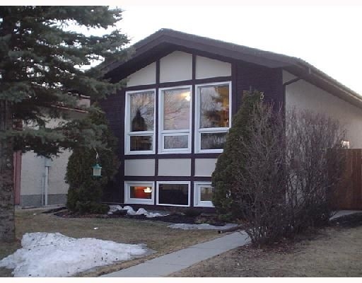 Main Photo: 103 CEDARGROVE Crescent in WINNIPEG: Transcona Residential for sale (North East Winnipeg)  : MLS®# 2805242