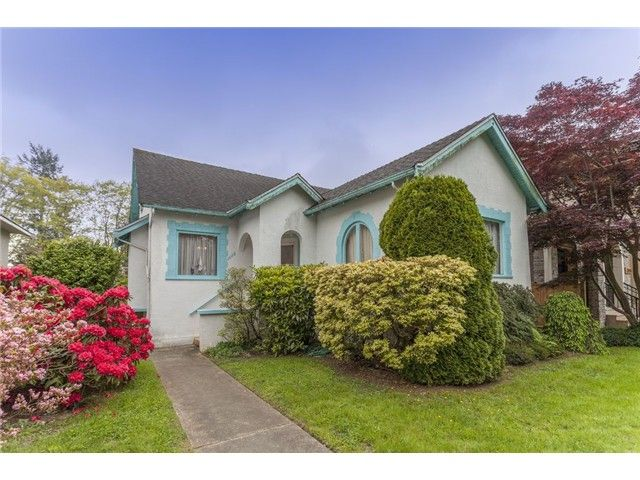 "Main Photo: 3988 W 31ST Avenue in Vancouver: Dunbar House for sale in ""DUNBAR"" (Vancouver West)  : MLS®# V1123307"