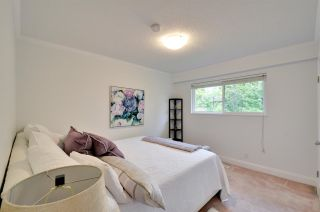 """Photo 10: 5376 FOREST Street in Burnaby: Deer Lake Place House for sale in """"DEER LAKE PLACE"""" (Burnaby South)  : MLS®# R2212663"""