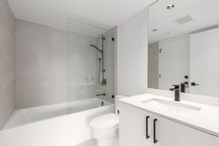 """Photo 14: 1406 1723 ALBERNI Street in Vancouver: West End VW Condo for sale in """"The Park"""" (Vancouver West)  : MLS®# R2625151"""