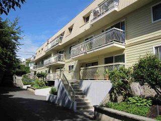 Photo 3: 221 7436 STAVE LAKE Street in Mission: Mission BC Condo for sale : MLS®# R2045100