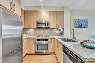 "Photo 15: 304 139 W 22ND Street in North Vancouver: Central Lonsdale Condo for sale in ""ANDERSON WALK"" : MLS®# R2526044"