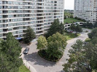 Photo 2: 231 3 Greystone Walk Drive in Toronto: Kennedy Park Condo for sale (Toronto E04)  : MLS®# E5370716