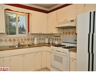 Photo 5: 17085 61A Avenue in Surrey: Cloverdale BC House for sale (Cloverdale)  : MLS®# F1004959