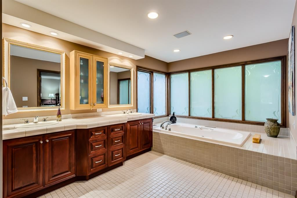 Photo 31: Photos: 831 PROSPECT Avenue SW in Calgary: Upper Mount Royal Detached for sale : MLS®# A1108724