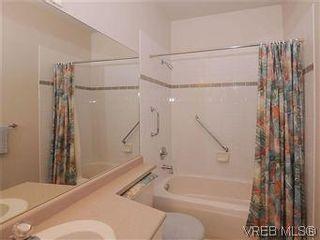 Photo 16: 5 3633 Cedar Hill Rd in VICTORIA: SE Cedar Hill Row/Townhouse for sale (Saanich East)  : MLS®# 567841