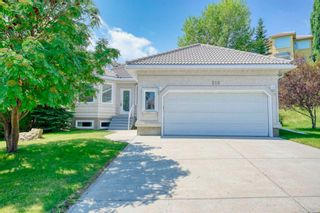 Main Photo: 218 Signature Way SW in Calgary: Signal Hill Detached for sale : MLS®# A1127257